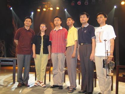左起:崔永元、尹航、刘鹏、姜骏、曹悠、李京
